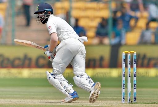 भारताचं ऑस्ट्रेलियाला चोख प्रत्युत्तर, टीम इंडियाची 120 धावांपर्यंत मजल