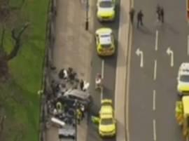 इंग्लंडच्या संसदेबाहेर पोलिसावर चाकूहल्ला, दोन हल्लेखोर ठार