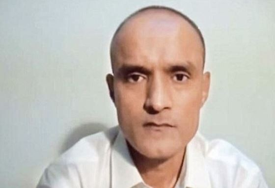 Kulbhushan wife would be invited to Pakistan for meeting with her husband latest updates