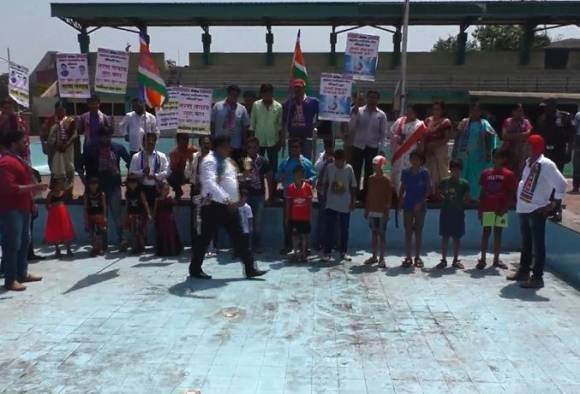 MNS organised swimming competition in waterless pool in dombivali latest updates