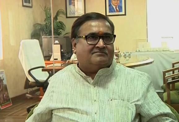 Mumbai : CM orders Inquiry Housing minister Prakash Mehta latest update