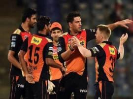 हैदराबादचा मुंबई इंडियन्सवर सात विकेट्सनी दणदणीत विजय