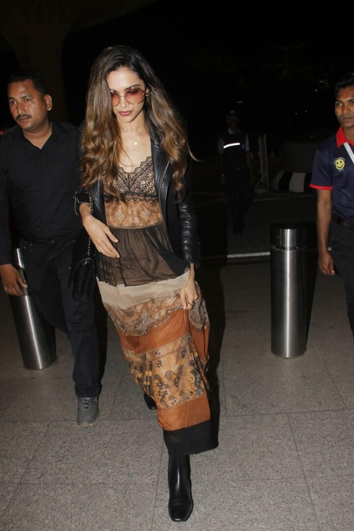 latest pictures of deepika padukone coming from mumbai airport