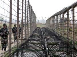भारतात घुसखोरी करणाऱ्या पाक सैनिकांकडे शस्त्रास्त्रांसह खास सापळे