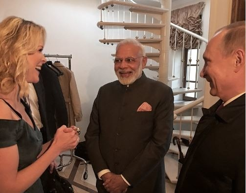 news anchor megyn kelly asked pm modi are you on twitter