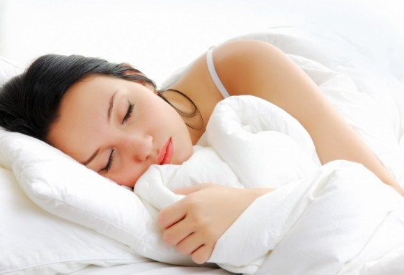 Why women need more sleep than men?