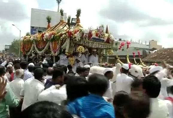 Pune : Dispute between Bhide Guruji supporters and warkari