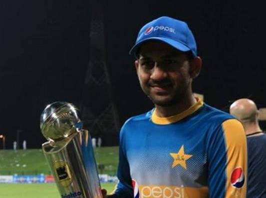 ICC Champions Trophy, Final: India v Pakistan: in 2006 under 19 world cup Sarfraz Ahmeds pakistan team beat india