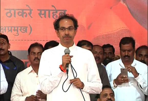 no advantage of loan waiver to farmers says uddhav thackerey latest updates