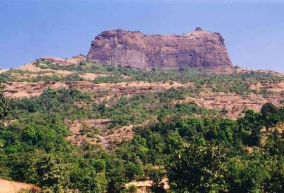 3 trekkers found in nashik bhajgad latest updates
