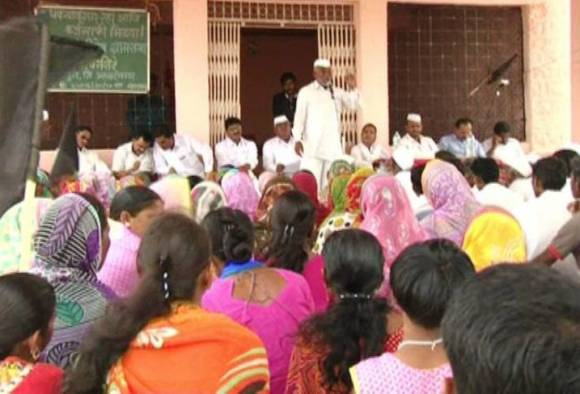 farmers strikes; Ahmednagars farmers on loan waiver