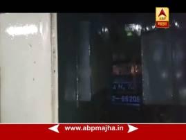 मुंबईत एलफिन्स्टन स्टेशनवर लोकलवर झाड पडल्यानं शॉर्टसर्किट