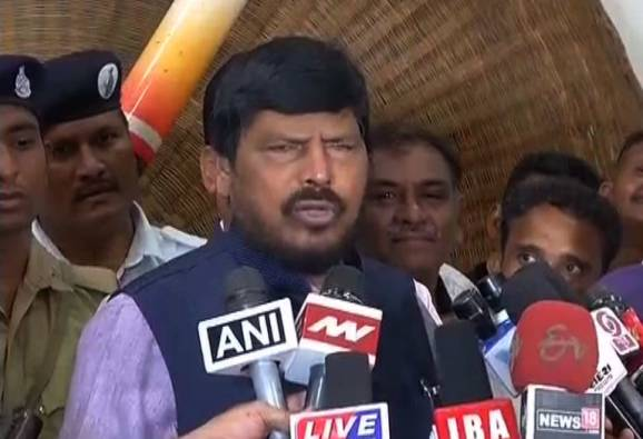 Everyone has right to eat beef: Ramdas Athawale latest update