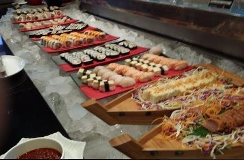 Jibheche Chochale Fusion sushi table
