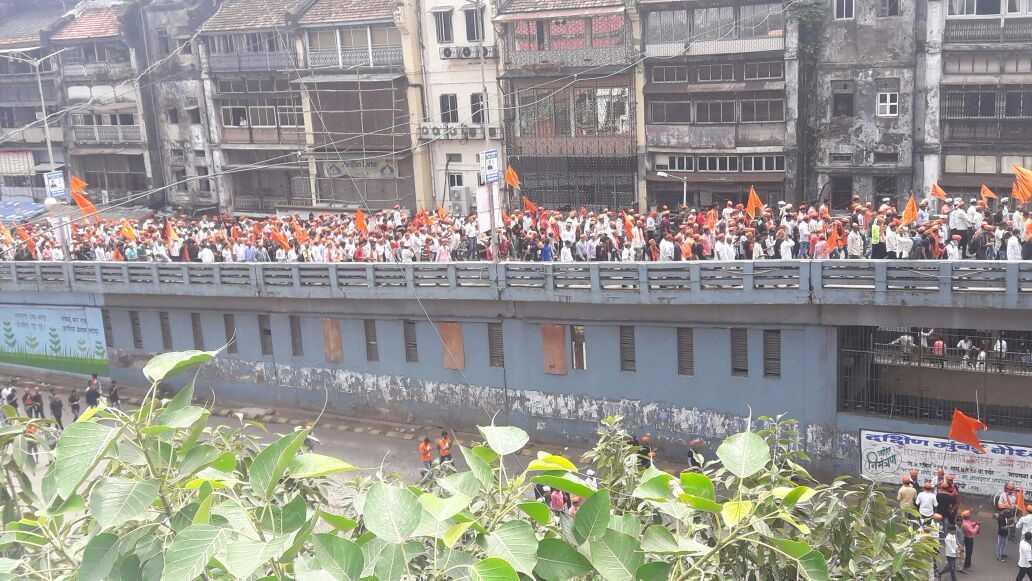 Mumbai maratha morcha pics at jj fly over