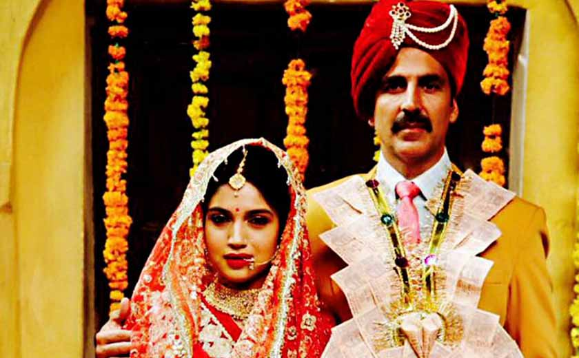toilet ek prem katha second day box office collection