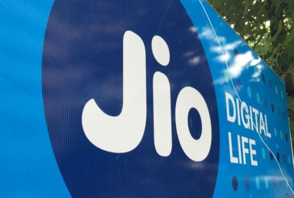 reliance jio tops trais average monthly speed test chart for july