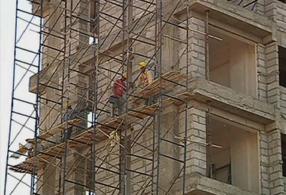 High Court lifted the ban on new constructions in Thane and Pune
