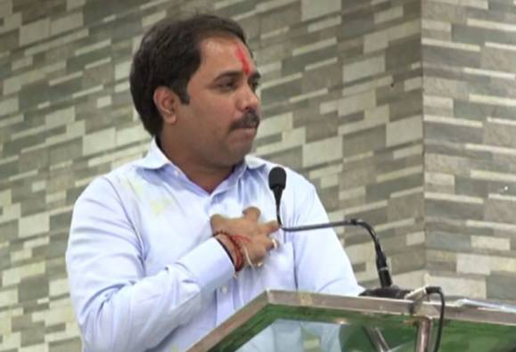 i am favorite minister of CM devendra fadnavis says sambhaji patil nilangekar