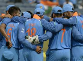 #IndVsAus : कोलकाता वनडेत भारताचं ऑस्ट्रेलियाला 253 धावांचं आव्हान