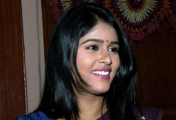 Kolhapur : Exclusive chat with Tuzyat Jeev Rangala fame Akshaya Deodhar