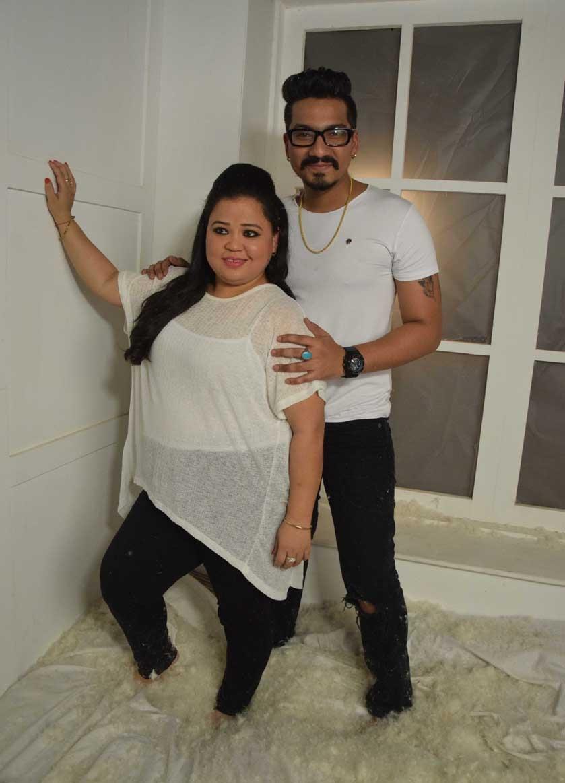 bharti singh and haarsh limbachiyaas wedding photoshoot