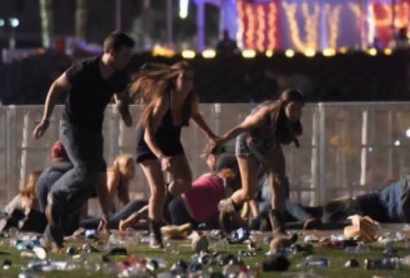 Las Vegas : Shooting at music festival, 50 killed