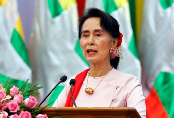 aung san suu kyi stripped of oxford honour over rohingya issue