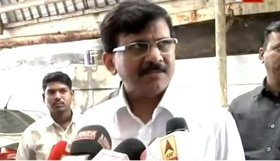Sanjay Raut On Hawkers