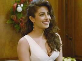बॉलिवूडमध्ये अभिनेत्रींच्या लैंगिक शोषणावर प्रियांका चोप्रा म्हणते...