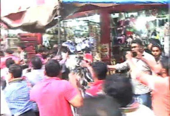 mns protest against illegal hawkers in Pune latest update