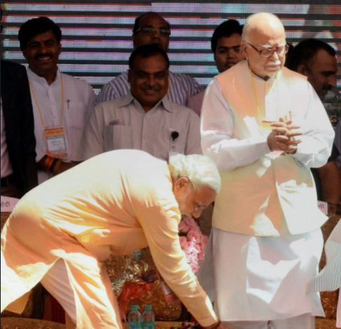 BJP Leader LK Advani 90 th birthday