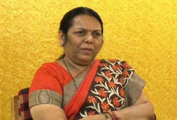 Neelam Gorhe criticized Government latest updates