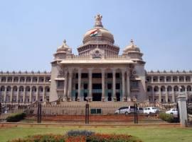 मराठी नगरसेवकांवर कारवाईसाठी कर्नाटक थेट कायदा बदलणार?