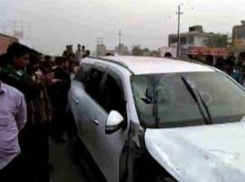 नोएडात भाजप नेत्याच्या कारवर अंदाधुंद गोळीबार, तिघांचा मृत्यू