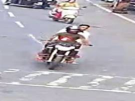मुंबई फिरायला आलेल्या दोघांकडून 9 सोनसाखळ्यांची चोरी