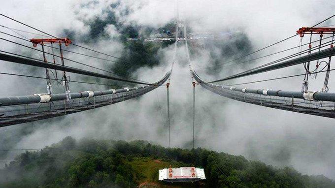 dangerous-bridge12_145922