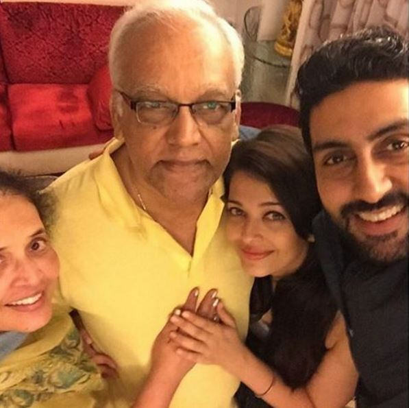 aish-mom-dad-abhi