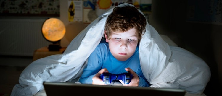 Your-childs-brain-on-technology-video-games-750x325