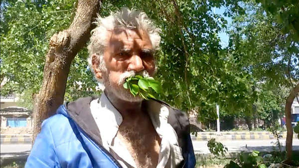 1492769109-This-50-year-old-Pakistani-man-has-been