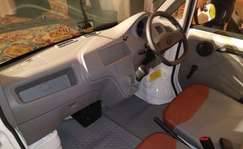 mahindra-jeeto-minivan-interior_827x510_71499944642