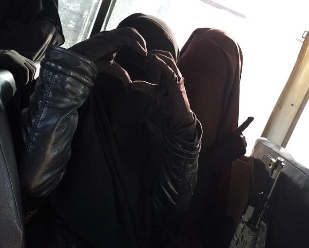 First_Published_Article_ISIS-women