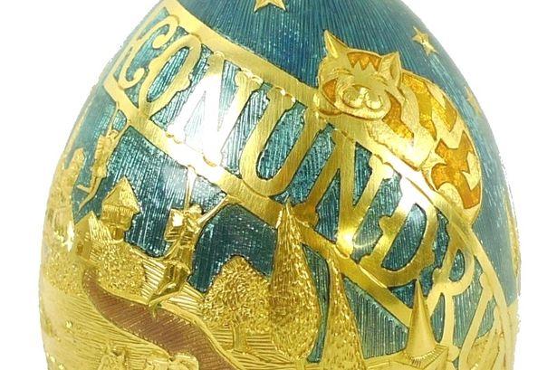 Conundrum-Golden-Egg-Closeup