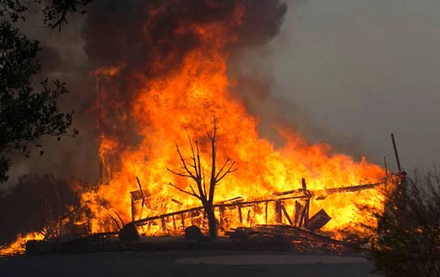 California_Wildfires_83596