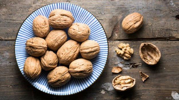 walnuts_625x350_41467093772
