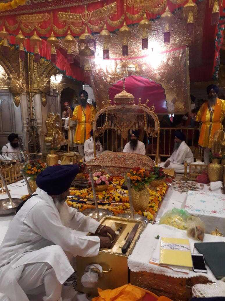 1-Gurupurb_Golden_Temple-compressed