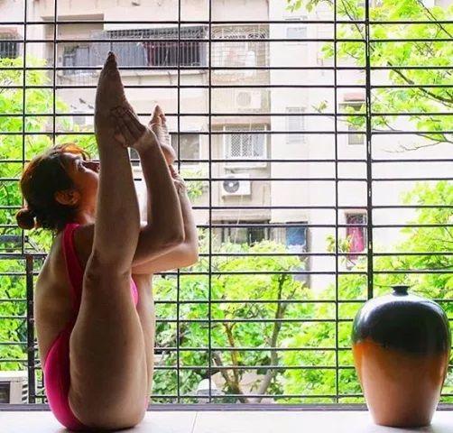 13-Nude_Yoga-compressed