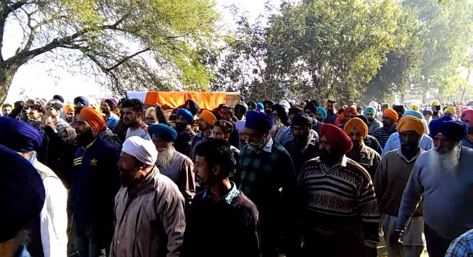4-Soldier_Palwinder_Singh_Cremation-compressed