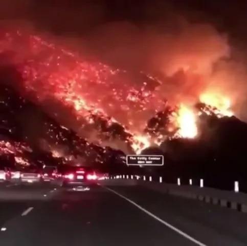 3-US_Jungle_Fire