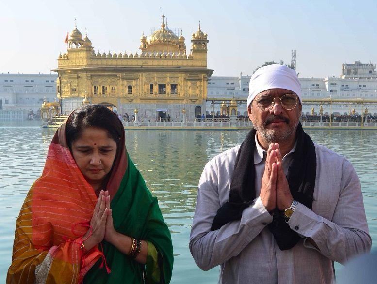 Nana_Patekar_in_Golden_Temple (2)-compressed